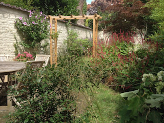 Réaménagement d'un jardin de ville existant Urban Garden Designer JardinFleurs & Plantes