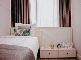 Apartment Landmark Residence, Bandung ARKON BedroomBedside tables White