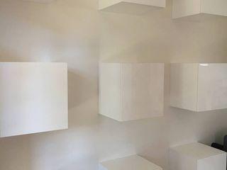Parete attrezzata filotto cARTE di Andrea Giannozzi Soggiorno moderno MDF Bianco