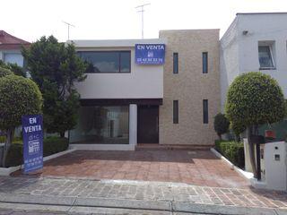 DI+CARQUITECTOS SA DE CV Rumah teras Batu Yellow