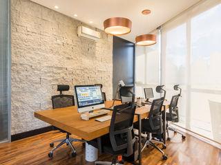 Concept Engenharia + Design Estudios y oficinas modernos Piedra Acabado en madera