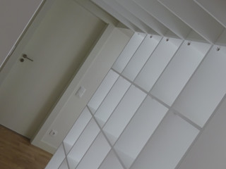 Davide Domingues Arquitecto Minimalist corridor, hallway & stairs MDF White