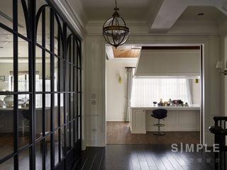 尚展空間設計 Classic style corridor, hallway and stairs