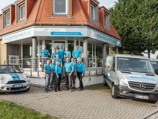 Showroom und Team Klotz Badmanufaktur GmbH Moderne Badezimmer