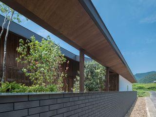 武藤圭太郎建築設計事務所 Maisons modernes Tuiles