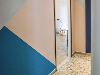 PADIGLIONE B Modern Corridor, Hallway and Staircase Marble Multicolored