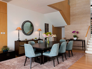 Nicole Cromwell Interior Design Dining roomChairs & benches