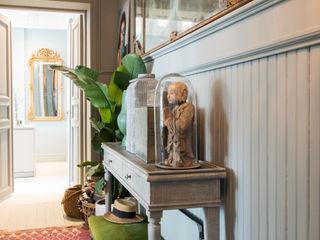 Pure & Original Couloir, entrée, escaliers modernes