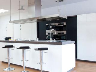 Archstudio Architecten | Villa's en interieur Кухонні прилади Білий