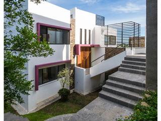 Casa Bosques Excelencia en Diseño Casas unifamiliares