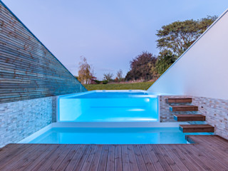 Pixcity 無邊際泳池 玻璃
