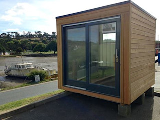 THINKING OF ADDING A GARDEN ROOM TO YOUR HOME? Building With Frames Study/office Wood