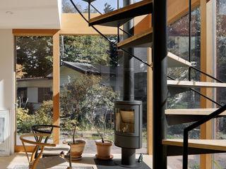 atelier137 ARCHITECTURAL DESIGN OFFICE Skandynawski ogród zimowy Szkło Przeźroczysty
