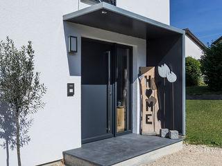 KitzlingerHaus GmbH & Co. KG منزل عائلي صغير خشب معالج