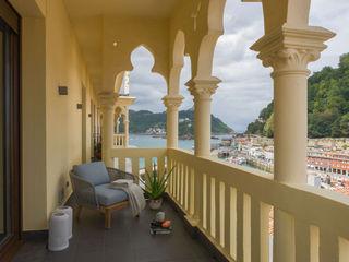 Urbana Interiorismo Balcone, Veranda & Terrazza in stile moderno