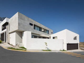 LGZ Taller de arquitectura Rumah Modern