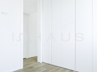 Casas inHAUS Kamar Tidur Modern Kayu Buatan White