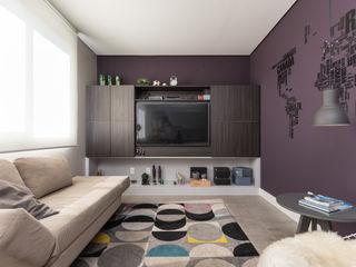 Rabisco Arquitetura Salas de estar modernas MDF Roxo/violeta