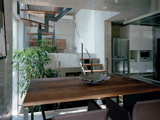 M+2 Architects & Associates Nowoczesna jadalnia