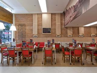 Cristina Langer Arquitetura Comercial & Interiores Klassische Gastronomie