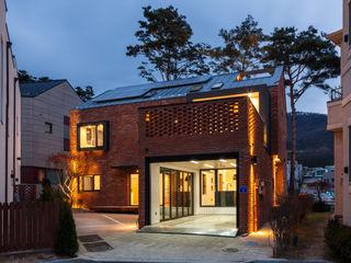 운중동 bookstep 2.5 (주)유타건축사사무소 모던스타일 주택
