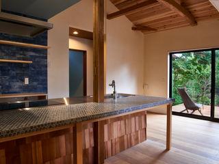 tai_tai STUDIO Rustic style kitchen Tiles Blue