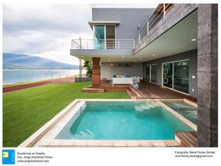 Casa Vista Lago Excelencia en Diseño Albercas de jardín Mármol Beige