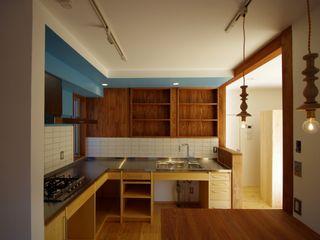 柏市K邸一戸建リノベーション K+Yアトリエ一級建築士事務所 キッチン収納 木 青色