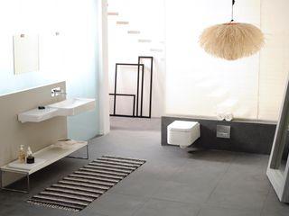 Papersky Studio Industrial style bathroom