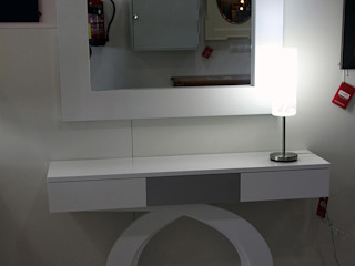 Mobiliario de exposición CASANOVA Muebles Y Decoración Vestíbulos, pasillos y escalerasAccesorios y decoración