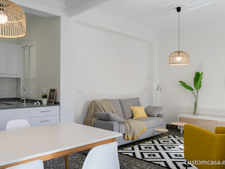 custom casa home staging Skandinavische Wohnzimmer