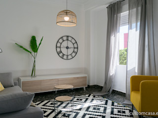 custom casa home staging Ruang Keluarga Gaya Skandinavia