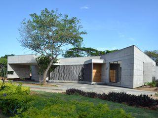 XXStudio Single family home Concrete Grey