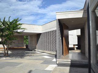 XXStudio Passive house Concrete Grey