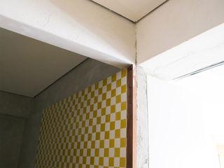 Avelino Nunes Viana Minimalist kitchen
