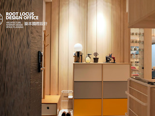 台中 陳公館 築本國際設計有限公司 斯堪的納維亞風格的走廊,走廊和樓梯