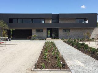 2712 / asociados Modern houses
