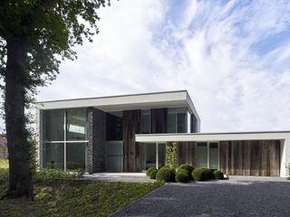 Lab32 architecten Rumah Modern