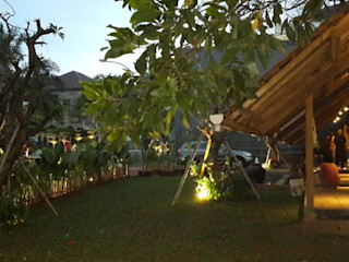 sony architect studio Modern Garden