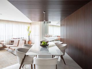 Carpaneda & Nasr Salle à manger moderne