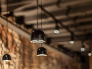 Proyecto Lumínico en Bar y Restaurante Luxiform Iluminación Bares y clubs de estilo rural