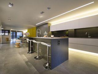 Interior Casa Particular Luxiform Iluminación Cocinas integrales