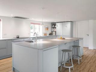 Aston Upthorpe - Handleless In-Frame Kitchen cu_cucine Modern kitchen