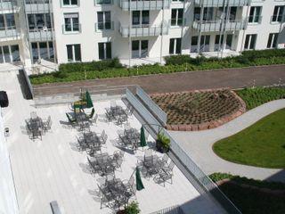 Hower Landschaftsarchitekten Modern Terrace