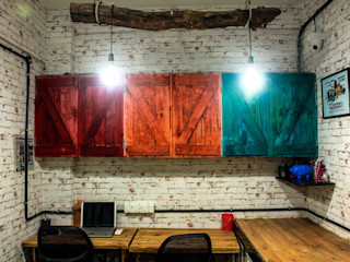 Dezinebox Office spaces & stores Wood Multicolored