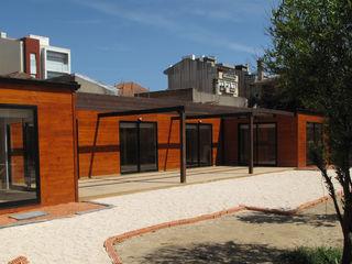 Discovercasa | Casas de Madeira & Modulares 조립식 주택 솔리드 우드 갈색