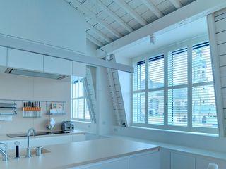 S:CRAFT Nhà bếp phong cách kinh điển Than củi White