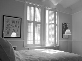 S:CRAFT Phòng ngủ phong cách kinh điển Gạch ốp lát White