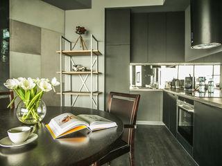 VIVINO Industrial style kitchen
