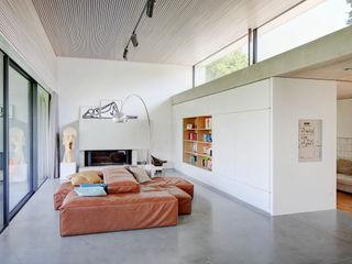 Wohnhaus S Architekturbüro zwo P Moderne Wohnzimmer